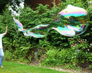 Lovely long giant bubbles